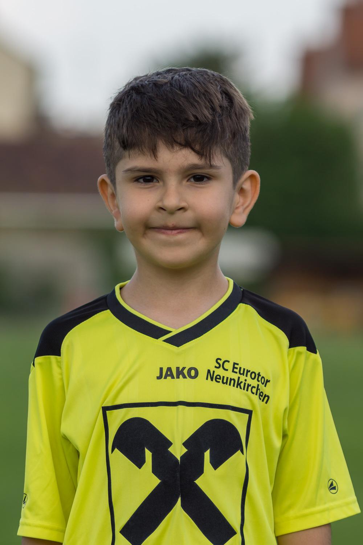 Mustafa Ötzas :