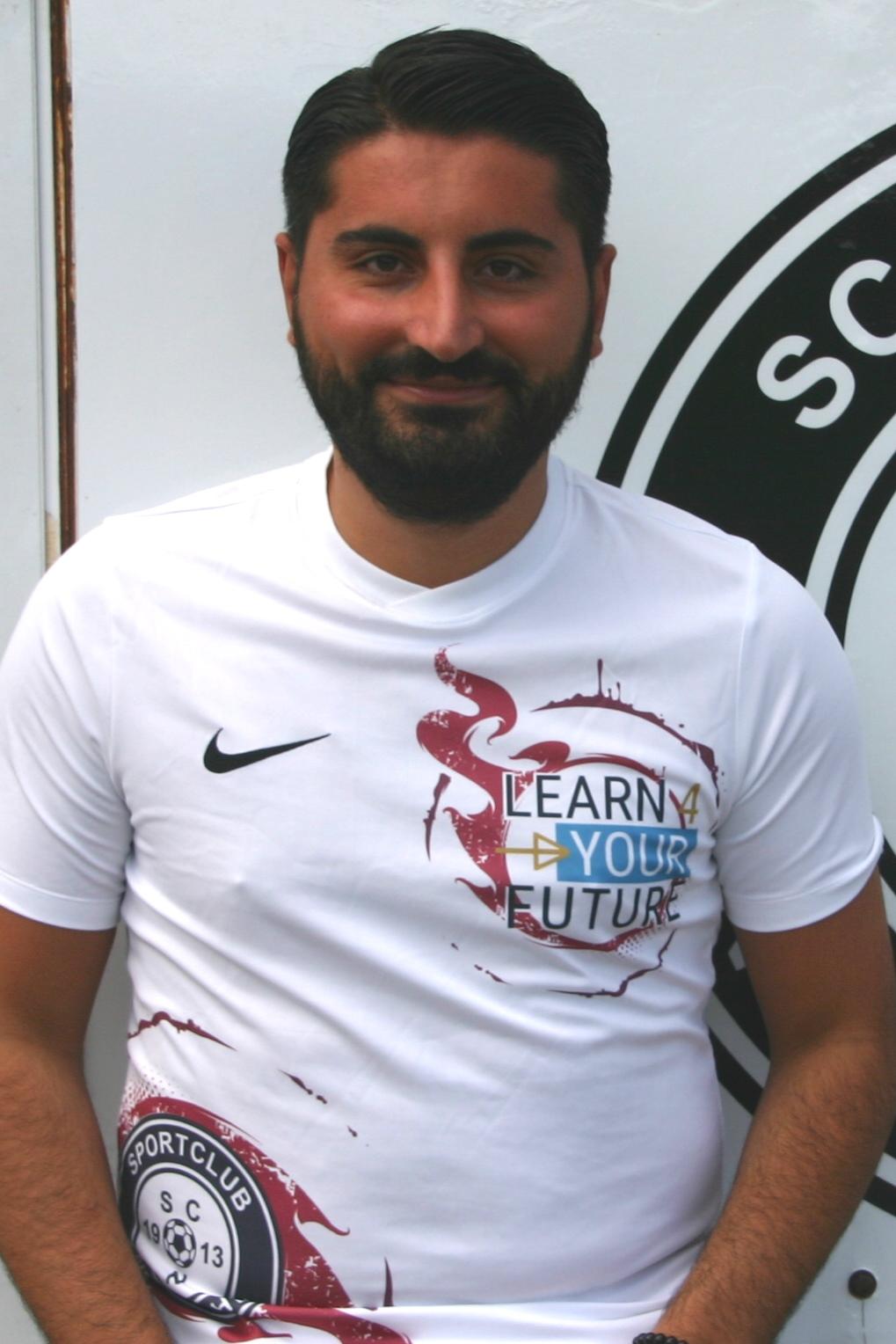 Orhan Gül :