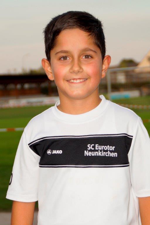 Semil Özil :